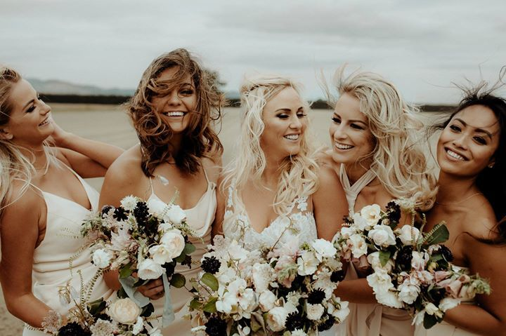 Windy wedding days with these babes - www.chasewild.com