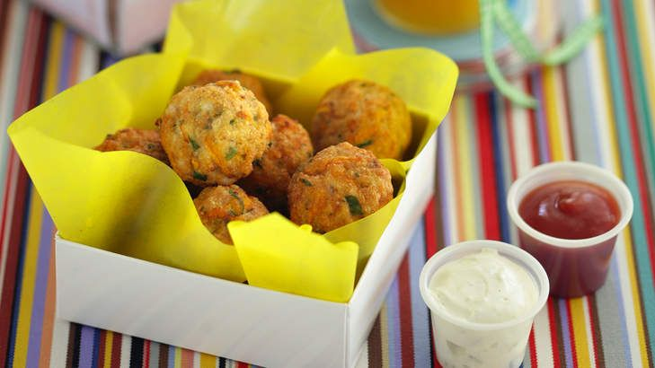 Tasty chicken balls are a good option for a school lunchbox or kids' party.