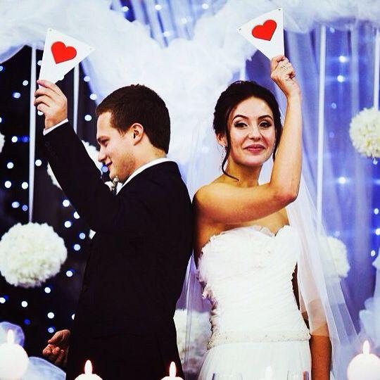 """Смотрите #youtube мой ролик """"Свадьба в отеле #Mona"""" #Ведущий #ведущийнасвадьбу #конкурс #трейлер #Валерий #Чигинцев #Moscow  http://instagram.com/p/tn_cVADQ-h/"""
