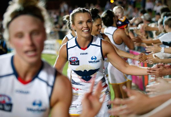 Abbey Holmes Photos Photos - Abbey Holmes of the Crows thanks fans during the 2017 AFLW Round 02 match between the Western Bulldogs and the Adelaide Crows at VU Whitten Oval on February 10, 2017 in Melbourne, Australia. - AFL Women's Rd 2 - Western Bulldogs v Adelaide Crows