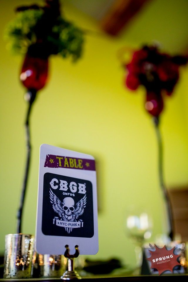 Dark Elegance #photoshoot by Victoria Sprung shows off a punk rock styled #wedding #tablescapes