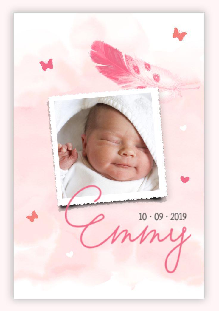 Een fotokaartje met watercolour en sierlijke typografie. Wat een lief geboortekaartje zeg!