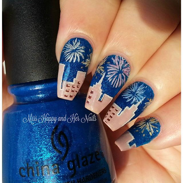 Last Mani Of This Year New Eve Fireworks Bye 2015 And Welcome