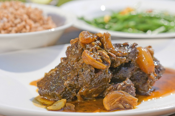 Rendang is a popular fast-breaking dish as well. A dried beef curry enhanced with a variety of spices and roasted coconut, rendang is originally from Padang, West Sumatra, but it has become one of the country's most beloved dishes.