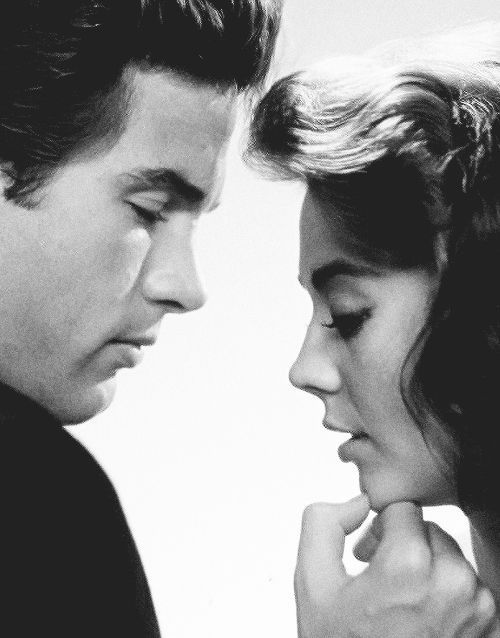 "Natalie Wood with Warren Beatty for ""Splendor in the Grass"" ...one of my all time favorites !"