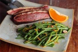 Découvrez la recette incontournable du magret de canard à l'orange ! Parfaite à servir avec des haricots verts vapeur Bonduelle >> http://www.bonduelle.fr/recettes/magret-de-canard-et-haricots-verts-a-l-orange #SurprenezVous et #regalez vous avec #Bonduelle #cuisine #food #recipes #cooking #recettefestive #menunoel #platnoel #canard #recetteclassique