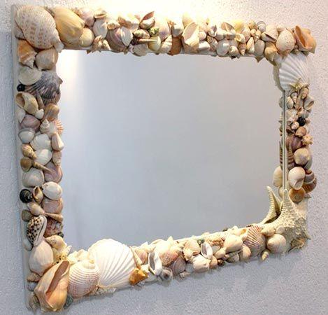 Espelho decorado com conchas, materiais saídos da natureza