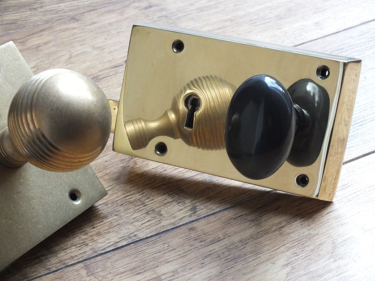 Two beautiful British made rim locks, from British Ironmongery. Rim locks were traditionally used to lock doors before mortice locks and add real character to any door or home. On the left is an aged brass rim lock with a large aged brass reeded knob. On the right is a polished brass rim lock with a dark bronze oval door knob. These rim locks and knobs are available in over twenty different metals and finishes. They're available to buy at…