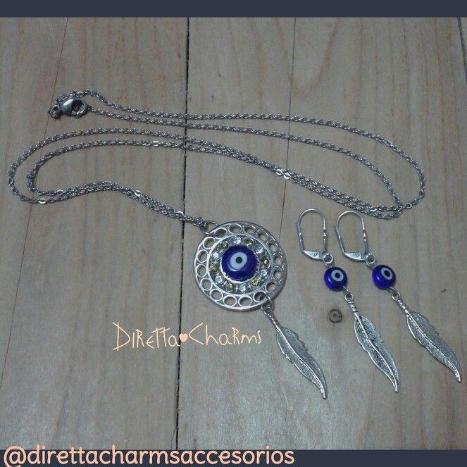 Bello  set en acero inoxidable, collar largo con colgante de ojo turco con chatones y charms de pluma. (si no te gustan los aretes largos, pregunta por los topos)  Diretta ❤ Charms Accesorios que resaltan tus encantos.  #DirettaCharmsAccesorios #DirettaAccesorios #lovely #jewelryhandmade #handmadecolombia #artesania #followme #bisuteriahechaamano #bisuteriapersonalizada #ojoturco #pluma #acero