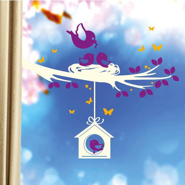 """**Fensteraufkleber Vögel auf Ast mit Schmeterlingen und Vogelhaus in 3 Wunschfarben zum verschönern der Fenster!**  **Teilen Sie uns Ihre drei Wunschfarben in der """"Verkaufsabwicklung""""..."""