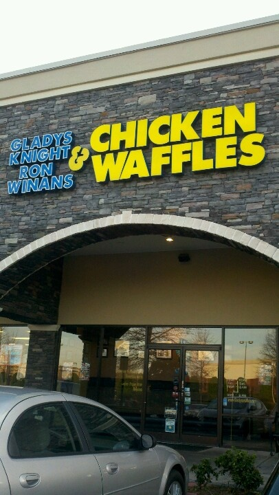 Gladys Knight & Ron Winans Chicken & Waffles - Atlanta, GA