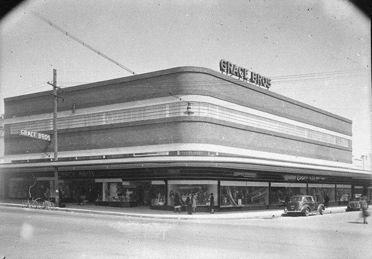 Grace Bros on the site of the current Parramatta Westfields in 1940s