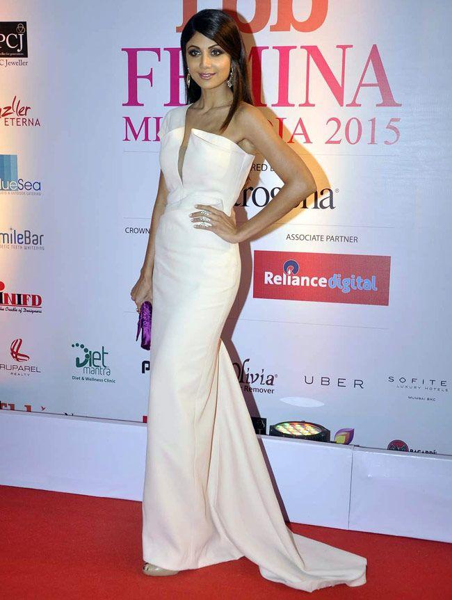 Shilpa Shetty at the FBB Femina Miss India 2015 pageant. #Bollywood #Fashion #Style #Beauty