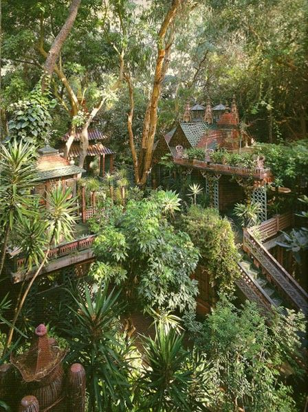 (Source: bohemianhomes): Spaces, Jungles, Dreams Home, Outdoor Living, Trees Houses, Hillside Gardens, Treehouse, Magic Gardens, Tony Duquette