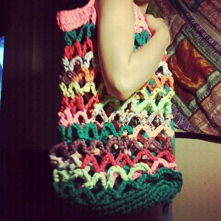 Summer beach bag inspiration. Tarn {T-shirt Yarn} http://www.tarnsa.co.za/