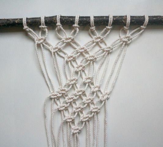 Une décoration en macramé à réaliser avec un seul type de nœud ou presque !