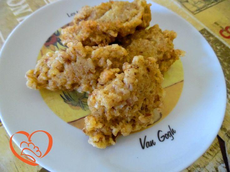 Frittelle di prosciutto cotto http://www.cuocaperpassione.it/ricetta/b9341f4c-9f72-6375-b10c-ff0000780917/Frittelle_di_prosciutto_cotto