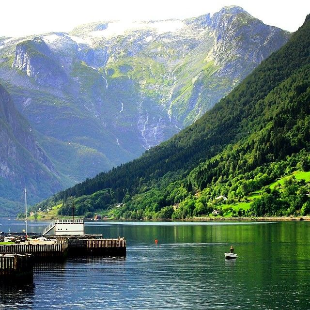 Placid waters in Balestrand, #Norway. Photo courtesy of bumbyfotfo on Instagram.
