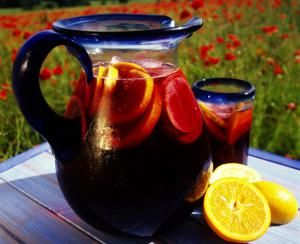 gettyredsangria.jpg - Tony Robins / Photolibrary / Getty Images