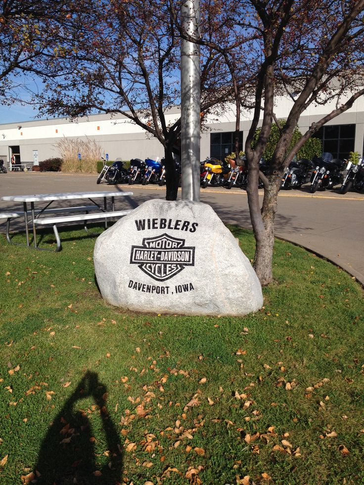 23 best images about wieblers h d on pinterest harley for Acrylic nail salon davenport ia