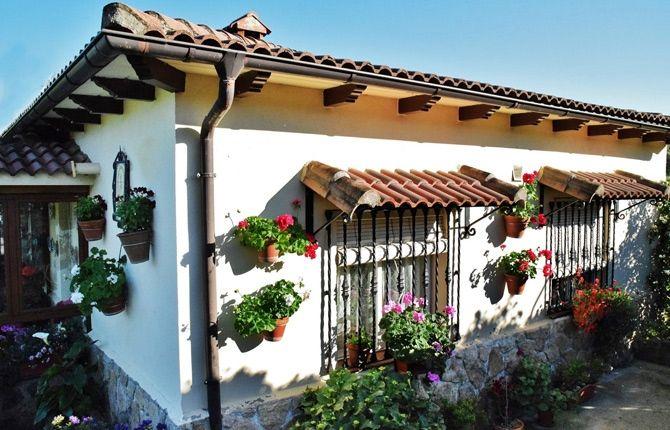 Finca Las Flores, ganadora del concurso de ventanas, balcones y fachadas de Candeleda.