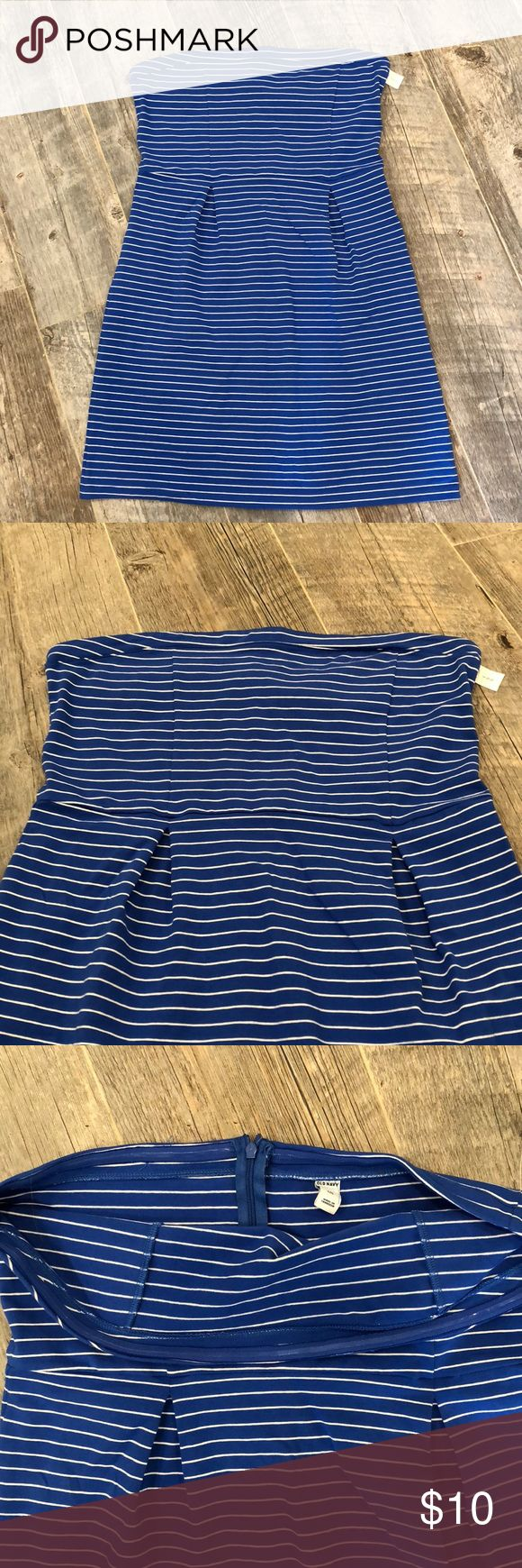 Blue and white tube top dress Brand new, so cute! Clean and smoke free home!! Size large. Royal blue and white. Elastic around top bust for keeping top up. Stretchy. Old Navy Dresses Strapless