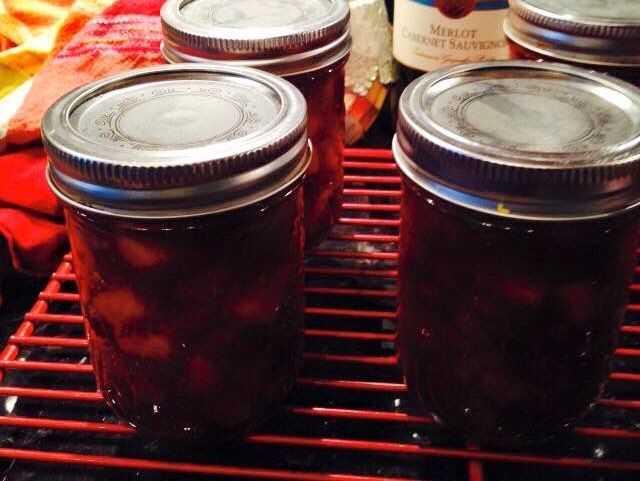 CRANBERRY, APPLE AND PEAR RELISH