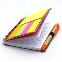 Caderno de Anotações com Caneta e Post It