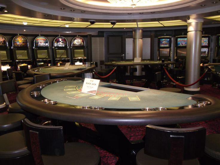 Oceania Cruises - Nautica, The Casino Tables