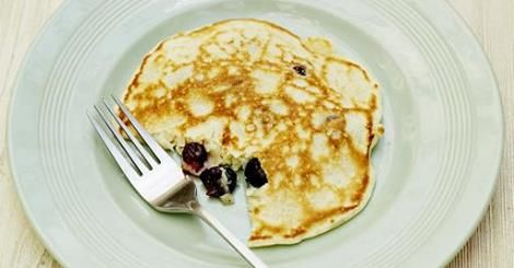 "The lovely Mr Jamie Oliver has recommended these pancakes. ""These are the simplest pancakes to make with kids. You don't even need scales to weigh out the ingredients – all you need is a cup or a mug!"" Feel free to send us some photos if you do attempt them. Serves 4 Makes 8 Ingredients 1 …"