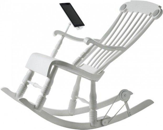 La sedia a dondolo ricarica l'iPad
