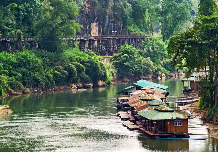 River Kwai i Thailand er berømt for sin historie - og selvfølgelig  floden, broen og Dødens Jernbane!