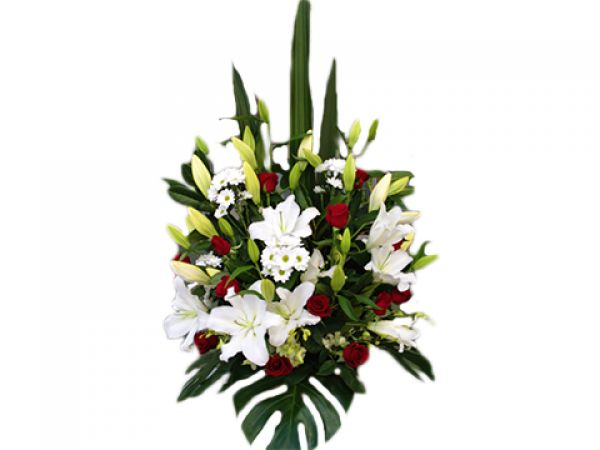 This large impressive floral arrangement is pure, elegant and timeless and is the perfect way to display your emotions, whether it be for an anniversary, the mother of your new born child, or the perfect memorial for a loved one