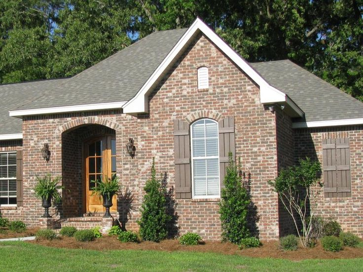 Bayou Blend Brick Our First House House Styles House Design Brick