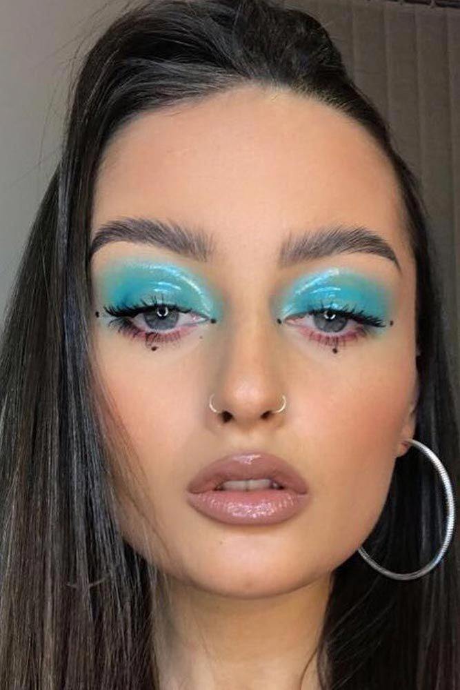 Really Great Naturalmakeuptutorials 90s Makeup 90s Makeup