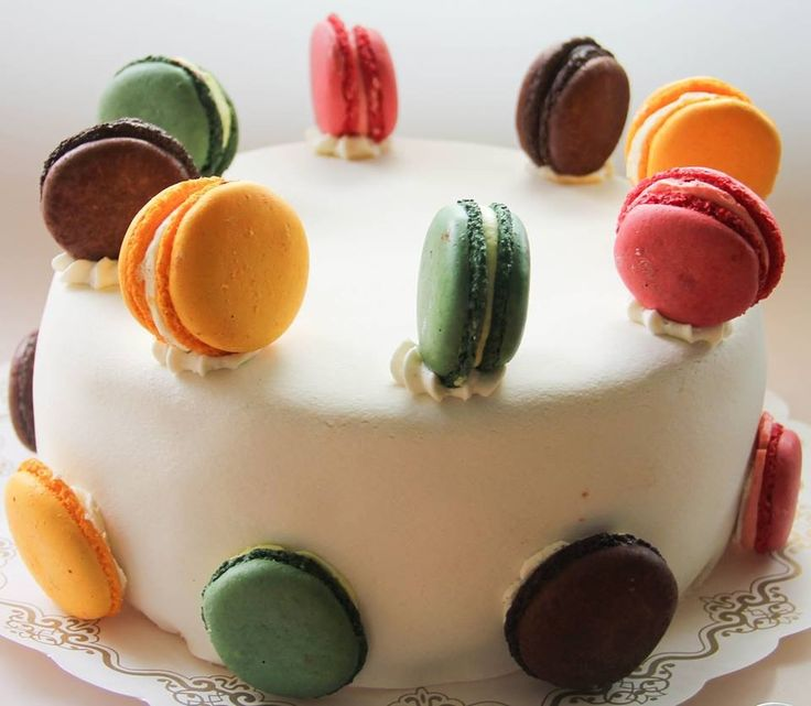 Macaron taart te bestellen in onze webshop
