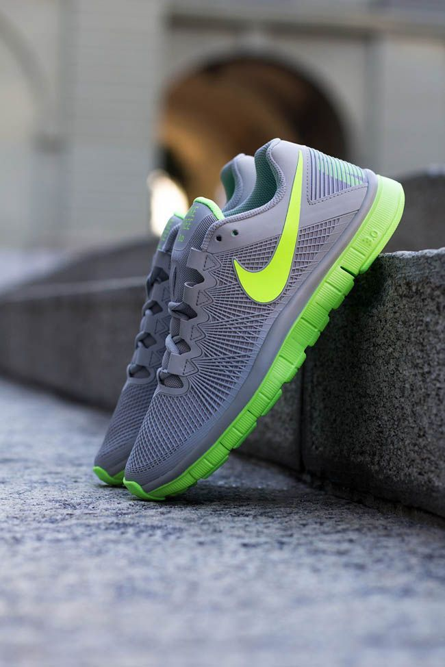 Nike Free Trainer 3.0 | Wolf Grey & Flash Lime