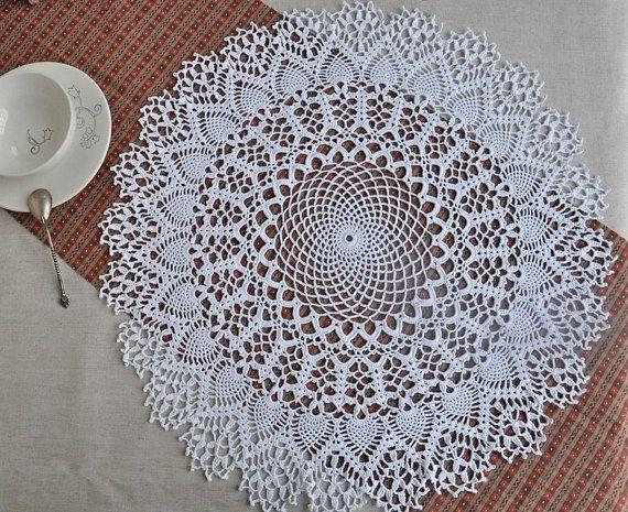 Crochet lace in handmade by Aurelia Iorga on Etsy