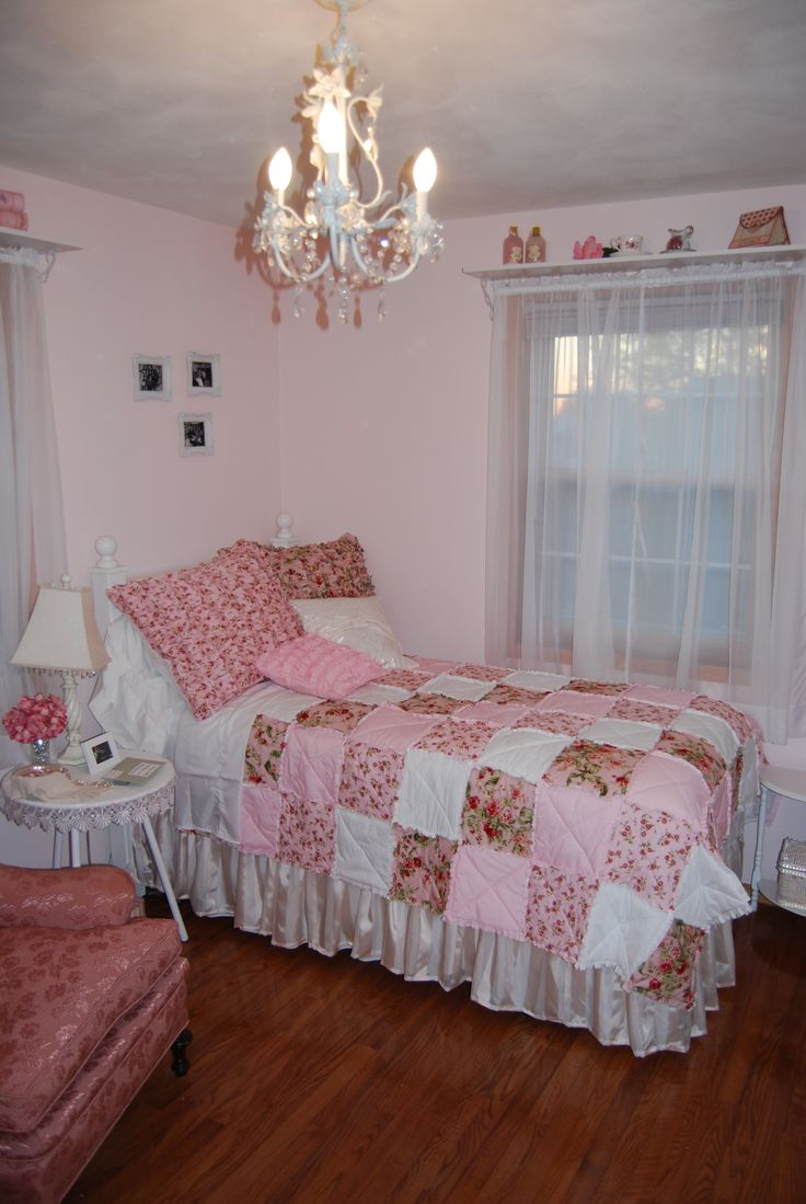 pink shabby chic bedroom 43 best bedroom ideas images on shabby chic 16754