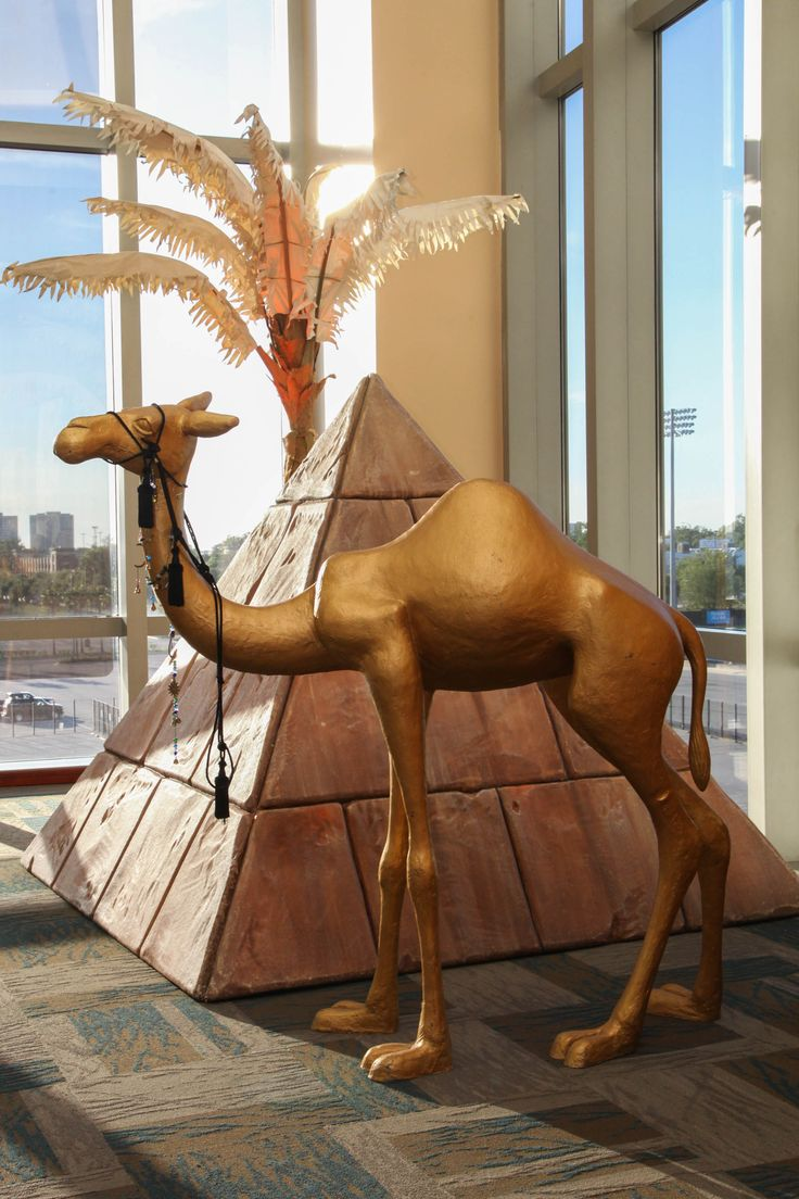 Props help transform any space. These Egyptian props are available at www.priproductions.com
