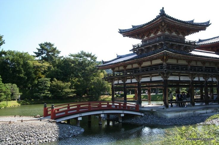 KYOTO: a guide to temples in Kyoto.  I think the two most famous ones that you'll probably want to see are Kinkakuji and Kiyomizudera, although Eikando is absolutely famous for it's autumn leaves and nighttime illumination in the fall. :)