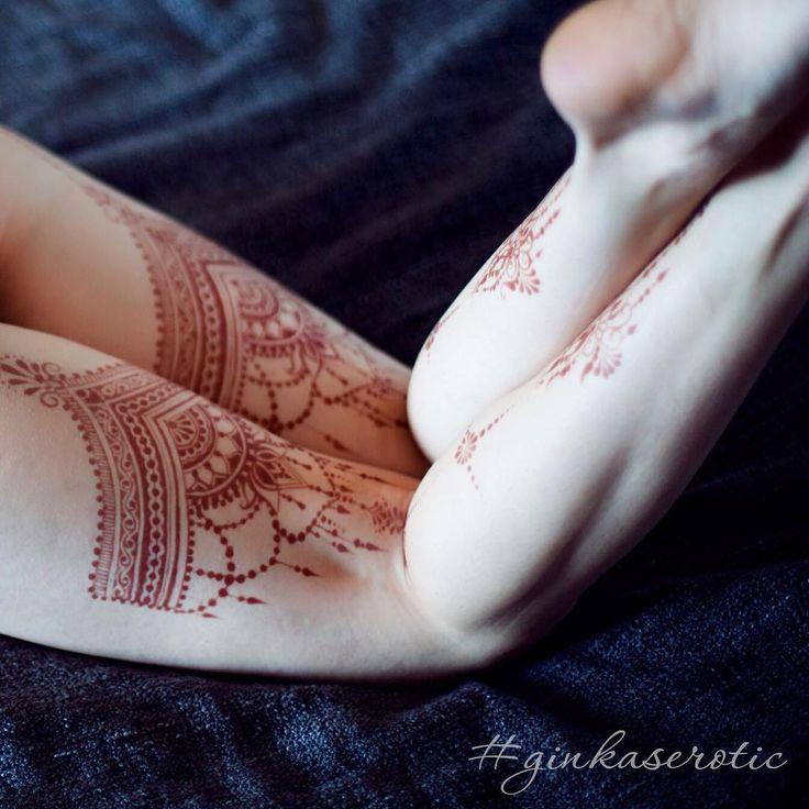 Этому рисунку неделя!  Внезапно- прекрасное место для рисунка ✨ приходите пробовать новые хиты на себе😉 долго, дорого и очень индивидуально🌟#GINKASEROTIC  Запись на сеанс 89160190334 . #hennaart #mehandi #henna #erotic #mehndi #бикинидизайн #бикини #naturalhenna #hennainspire #hennapro #tattoo #hennatattoo #временнаятатуировка #биотату #тату #татуировка #эротическаяроспись #менди #мехенди #хна #росписьхной #обучениемехенди #мехендимосква #мехендивмоскве #мехендимастеркласс…