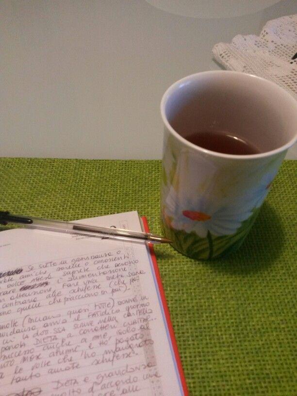 Pausa pc insieme a una tisana .. e nel mentre si continua a scrivere!  #vitadacopy