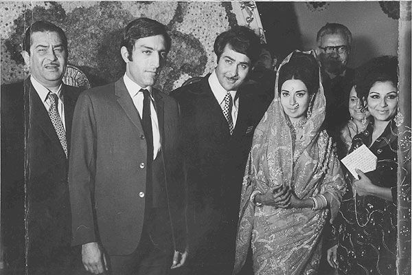 FLASHBACK! The bitter Babita-Randhir Kapoor marriage , http://bostondesiconnection.com/flashback-bitter-babita-randhir-kapoor-marriage/,  #BabitaRandhirKapoor