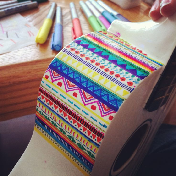 What a cool idea! This gal has decided to decorate her ukulele with Sharpies. Looks great to us!