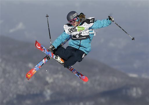 Jaime Crane-Mauzy #alpineskiing #skiing #skier #mountainsports #love #fun #nature #travel #utah #cookieleejewelry1 #smithoptics #pictureorganicclothing #rampsports #xtremespots