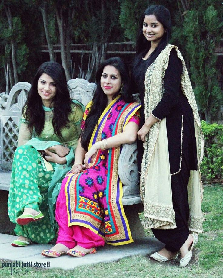 ♥️Pretty Girls in our Gorgeous pairs of Punjabi jutti's 😍😍  #Punjabijuttistore #punjabijutti #juttis #mojari #jalsa #khussa #bridemade #groommade #weddingseason #summerseason #pearls #casual #bridetobe #indianwear #ethniclook #indianbride #worldwide ✈️🌍 #makeinindia #punjabiwedding #swagycouples #punjabijodi #blog #bloggers #instapic #instapost #instalike #india #shopnow #bebeautiful #goethnic