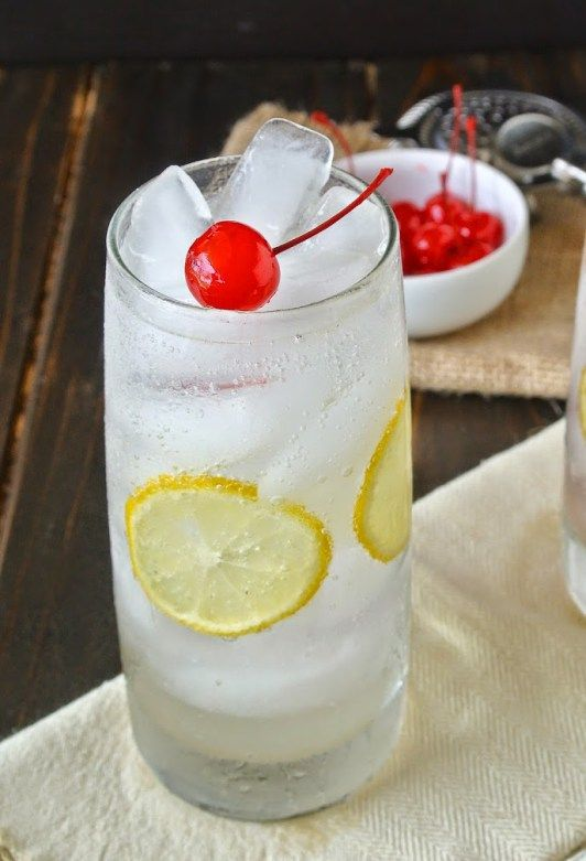 The first Tom Collins dated back to 1876 so this drink has some history, gin, lemon juice, simple syrup, soda and maraschino cherries. Classic Tom Collins.