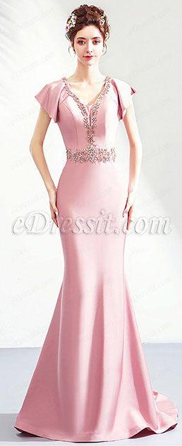 bb0ec5de533  Beaded V-Cut Neckline  Fitted Bodice  Built with bra  Mermaid skirt