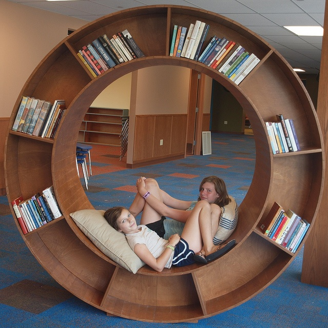 Reading Circle by Poughkeepsie Day School, via Flickr @Af's  collection 10/1/13
